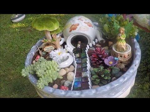 Hawaiian and Woodland Fairy Gardens - How to make them using live plants!