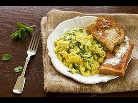 Cooking: Allium Veggie Scrambled Eggs. Healthy Meal Idea