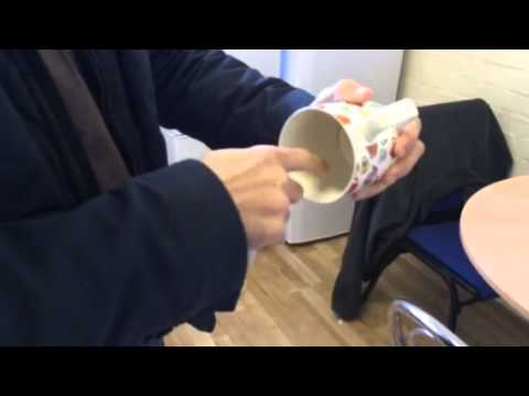 How to remove tea and coffee stains in a cup. Remove those brown stains