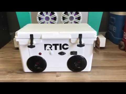 RTIC Bluetooth Cooler Radio 200 Watt Amp 2-150 Watt Speakers