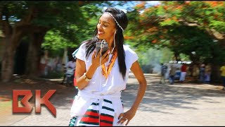 **OROMTITTI** Dawite Mekonen ft Jirenya Shifera Oromo Music 2017 (Official Video)