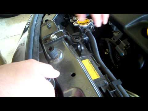 How to check your cars coolant level.