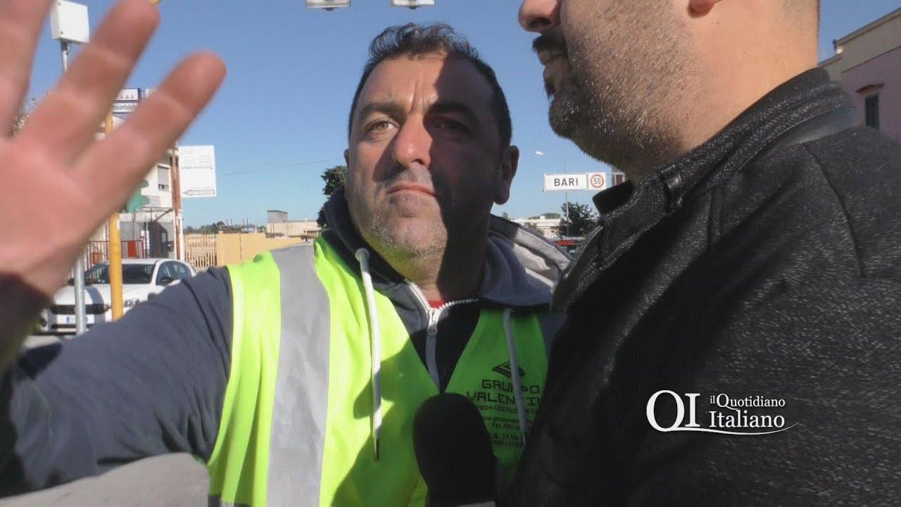 """Asfalto in via Buozzi, strada paralizzata nell'ora di punta. L'operaio: """"Ti spacco la telecamera"""""""