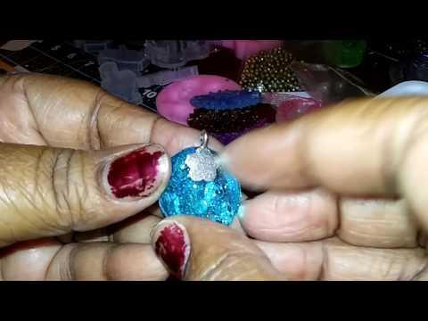 How i make my resin earrings tutorial