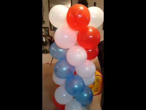 Balloon columns with 3 colors