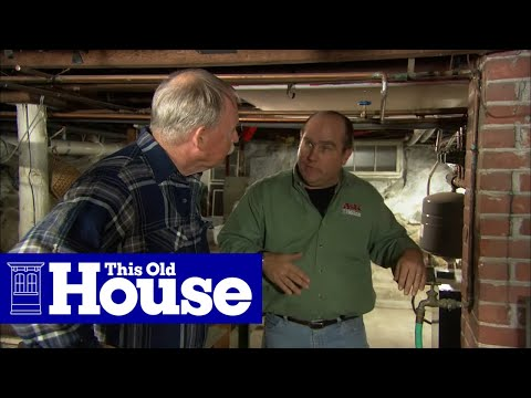 How to Drain Pipes for the Winter
