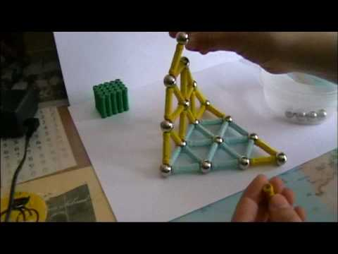 Magnetic Sticks-Building a pyramid