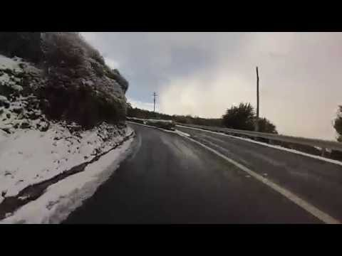 Drive in the snow between Longley and Fern Tree in Southern Tasmania
