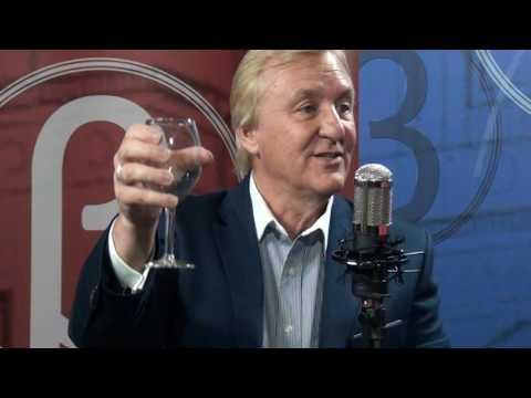 Dr. John Etiquette | Holding a Wine Glass