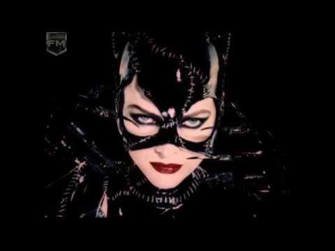 Creating The Catwoman Suit 'Batman Returns' Featurette