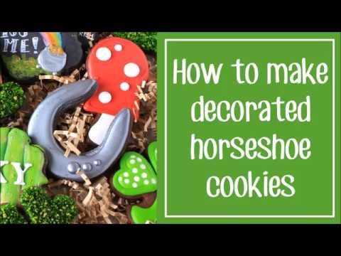 How To Make Decorated Horseshoe Sugar Cookies
