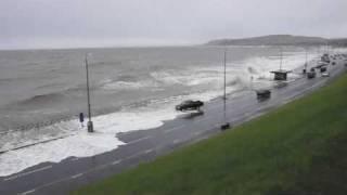 Rhos on sea high tide april 2010.mov