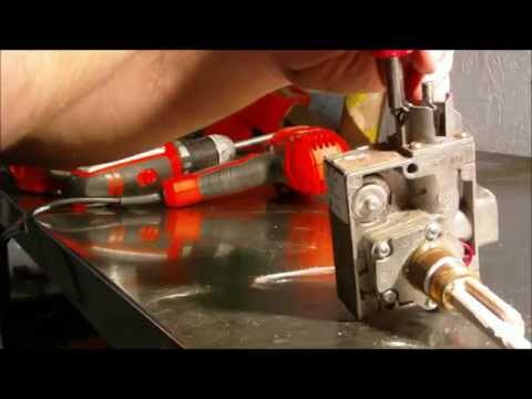 Water Heater Gas Control Valve / Thermostat Dis-assembly