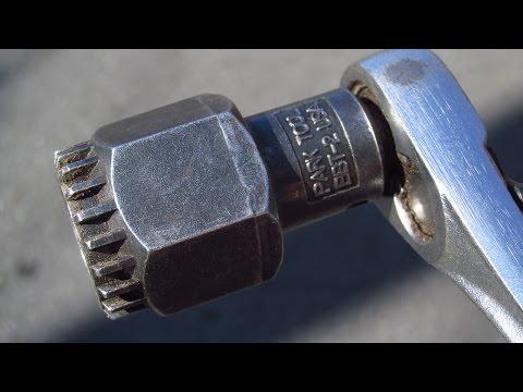 HOW TO REMOVE a CRANK ARM and TIGHTEN a CARTRIDGE BOTTOM BRACKET on a DIAMONDBACK HYBRID BIKE
