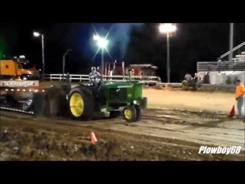 9,000lb Farm Stock Pulling Mineral Point, WI 5-13-2015