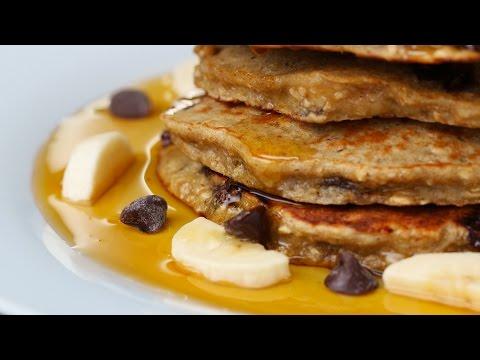 Flourless Peanut Butter, Oat & Banana Pancakes