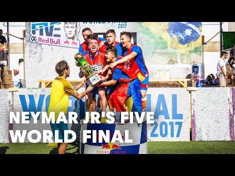 Romania faces Great Britain in the Neymar Jr's Five World Final   Praia Grande, Brazil