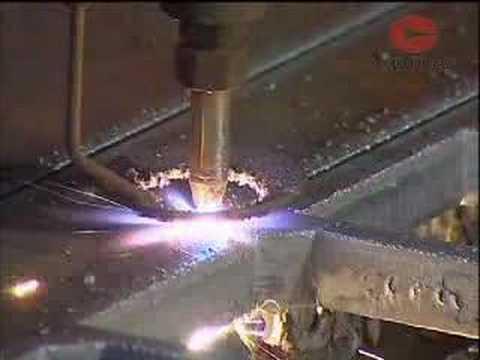 Fabrication: Oxyacetylene cutting