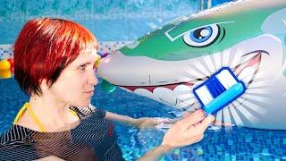 Download Маша Капуки чистит зубы - Обучающее видео для детей - Семья маленькой косатки Video