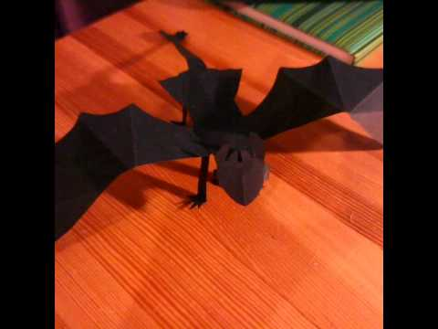 How to make a paper Night Fury? (Toothless)