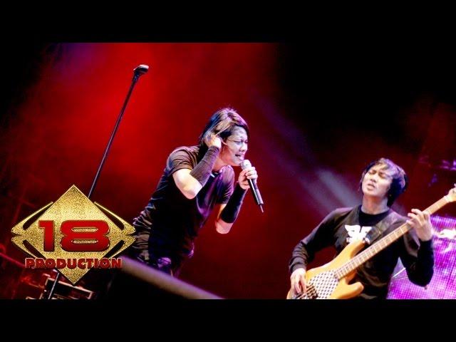 """""""Gigi - Kepastian Yang Ku Tunggu (Live Konser Semarang 20 Mei 2008)"""