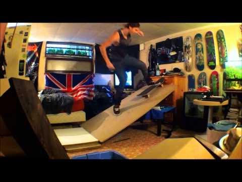 DIY Skate ramp at home