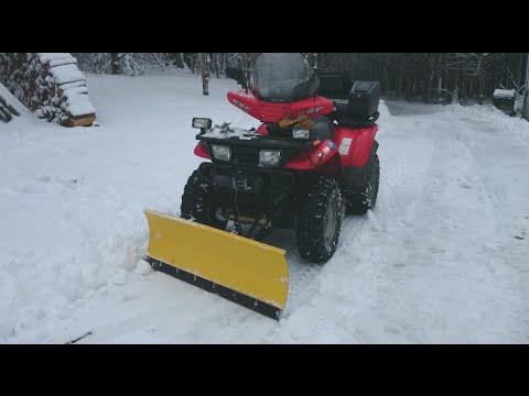 Homemade ATV snow plow Kawasaki KVF Prairie 400
