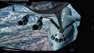 In-Flight Refueling • KC-135 Stratotanker To C-17 Globemaster