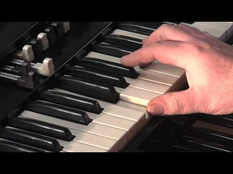 LESSON 4 - HOW TO PLAY JAZZ & ROCK LICKS ON A HAMMOND B3 or C3 ORGAN