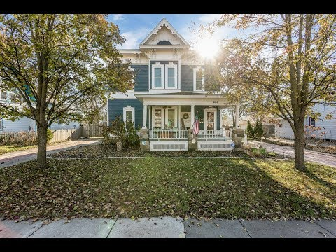 313 W Lake St, South Lyon, MI | Victorian Charmer