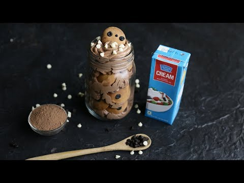 In A Jar - Cookie And Cream Sandwich