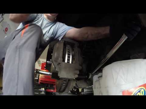 2013 Toyota Tundra Brake  Pads and Rotors Replacement