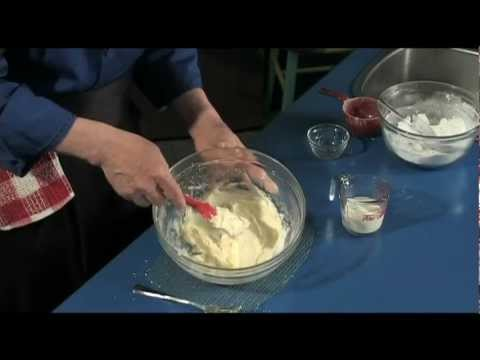 Buttercream Icing - quick, easy to make, deliciously homemade