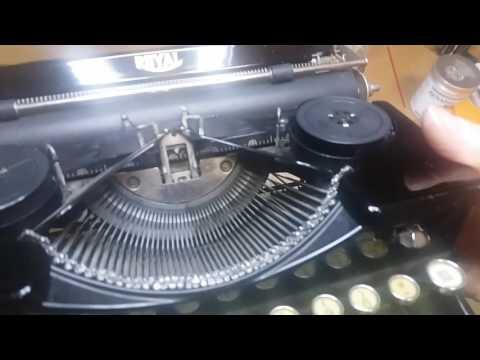 Royal model OT typewriter - cleaning the segment
