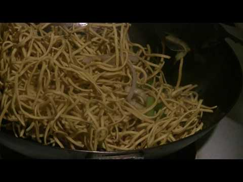 Beef Chow Mein Canton Style  (Beef Noodle Wok Stir Fry)  Fast Chinese Cooking