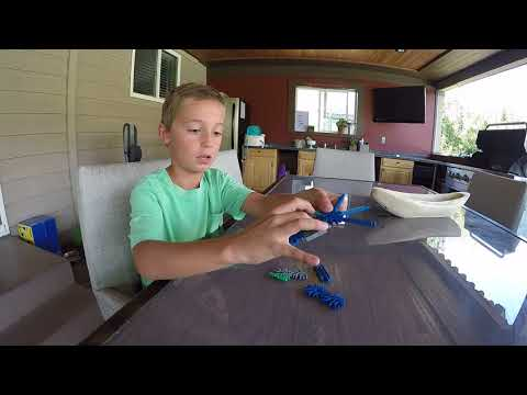 How to make Wolverine claws with K'nex