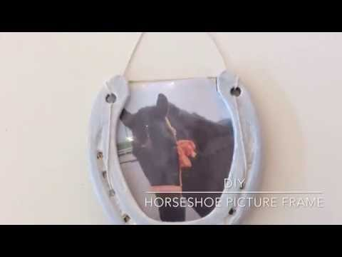 DIY Horseshoe picture frame!