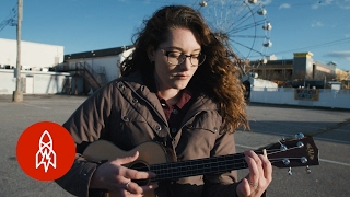 Singing Without Sound: This Musician Uses Vibrations in the Ground to Sing