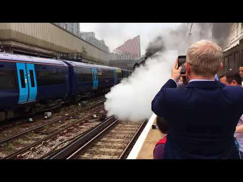Flying Scotsman in London Victoria station