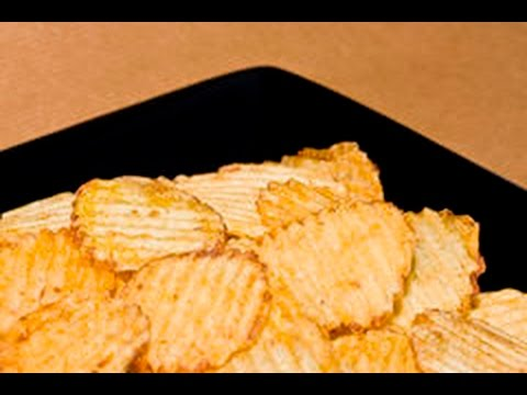 Thin and Crinkly Homemade Crisps | DIY