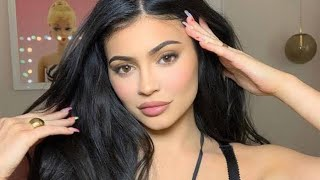 Kylie Jenner | How To Use My Eyeshadow Palettes Ft. Ariel Tejada