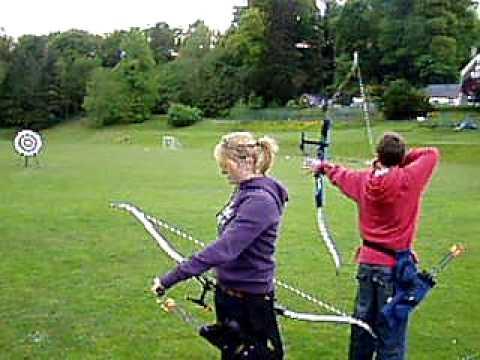 left handed recurve archery -Mabel