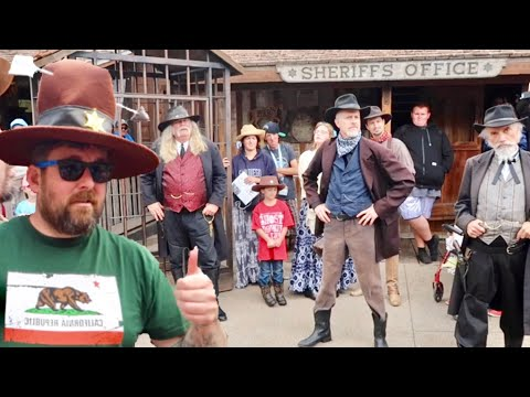 Ghost Town Alive at Knotts Berry Farm - Opening Day / Time Capsule Reveal