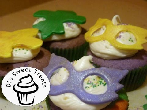 Mardi Gras Cupcakes- Fondant Cupcake Toppers