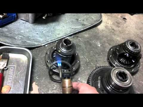 How to install differential bearings and gear