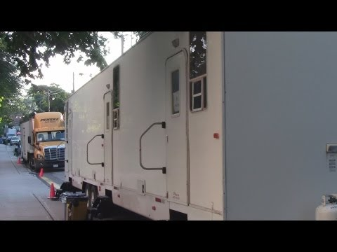 How To Build a Better Boy - Behind the Scenes Movie Set Tour