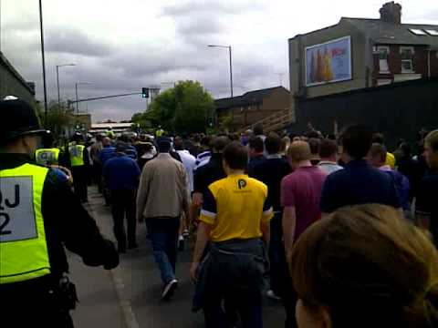 Oxford fans arriving at swindon
