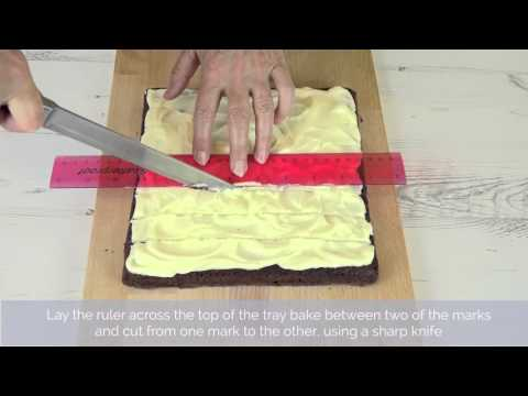 Bake Club presents: How to neatly cut a tray bake