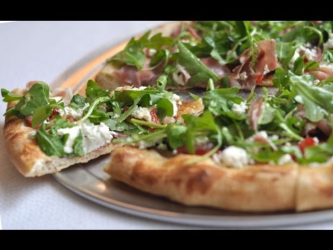 How to: Make a Goat Cheese Pizza PIY
