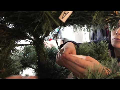 Unboxing, setup and reboxing of wholeHome Noel Prelit 7.5' Cashmere Xmas Tree